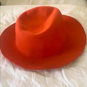 red/orange hat